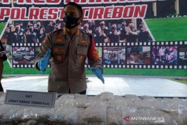Polresta Cirebon sita 1,1 juta butir sediaan farmasi tanpa izin dari 19 tersangka
