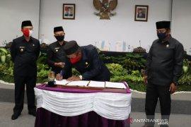DPRD Bangka sahkan tiga raperda usulan eksekutif