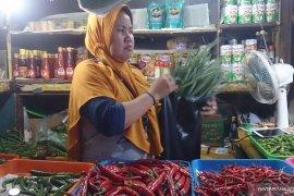Kecamatan Tebet siap awasi kebijakan larangan penggunaan kantong plastik