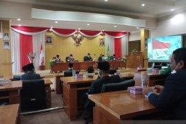 Ketua DPRD ambil sumpah anggota dewan PAW