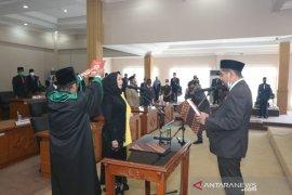 Liana resmi anggota DPRD Banjarbaru PAW