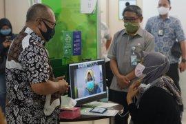 Pastikan Kelancaran Pelayanan One to Many, Direksi BPJAMSOSTEK Tinjau Kantor Cabang Surabaya Karimunjawa