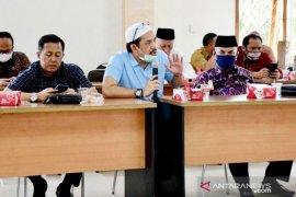 DPRD Jabar: Raperda Pesantren tidak bisa segera disahkan sebelum dibuatkan Perpres