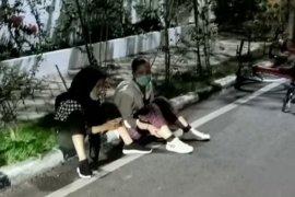 Saat bersepeda, empat remaja putri jadi korban hipnotis di Bundara HI