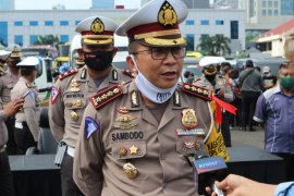 Polda Metro Jaya tunda aktivasi sistem  ganjil genap demi protokol kesehatan