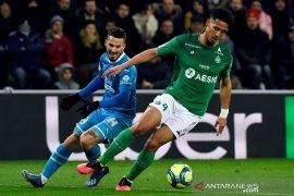 Bek muda Arsenal  William Saliba   diizinkan habiskan musim di Saint-Etienne