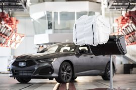 "Fitur ""airbag"" cegah cedera otak di Honda All New Acura TLX"