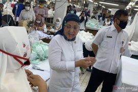 Menaker Ida Fauziyah minta tidak ada diskriminasi terhadap pekerja perempuan