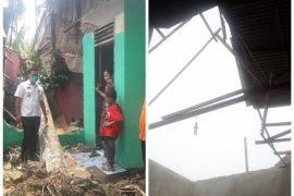 240 rumah terdampak angin puting beliung lima warga luka-luka di Hinai Langlat
