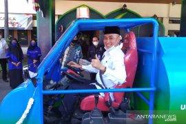 Dinas Pendidikan Jatim luncurkan mobil anti -COVID-19