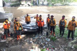 BPBD Medan sosialisasi kehidupan normal baru kepada warga bantaran sungai