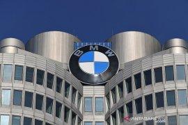 BMW buka rahasia soal sumber bahan baku baterai mobil listrik