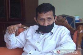 Disdikbud Padang Panjang sediakan posko layani warga saat terkendala PPDB daring