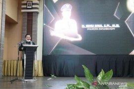 Wali Kota ingin hidupkan kembali ekonomi Banjarmasin dengan meresmikan Borneo Chicken,