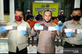 Polres Tanjabbar tangkap empat pelaku sindikat uang palsu