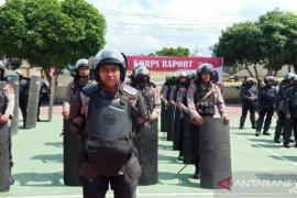 Warga kembali blokir jalan di Madina, satu SSK Brimob Polda Sumut dikerahkan