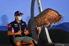 "Pebalap tim Racing Point Sergio Perez ingin tantang tiga tim teratas F1 dengan ""pink Mercedes"""