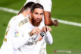 Penalti Sergio Ramos memantapkan posisi Real Madrid di puncak klasemen Liga Spanyol