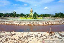 Tak ada anggaran, Taman Ratu Balqis Nagan Raya jorok dan terbengkalai