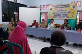 Bupati serahkan BLT untuk warga Baharu Utara