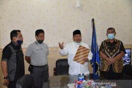 Wali Kota Sibolga copot lurah diduga selewengkan bansos COVID-19