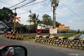 Daop 8 Surabaya jalankan 2 KA jarak jauh Bandung serta Jakarta