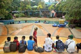 Sarana rekreasi air kembali dibuka di Palembang Page 2 Small