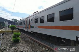 Kereta Siliwangi Cianjur-Sukabumi beroperasi dengan protokol kesehatan