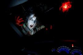 """Rumah hantu dengan konsep """"drive-in"""" di Tokyo"""