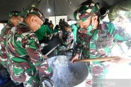 TNI dirikan dapur umum membantu korban banjir Gorontalo