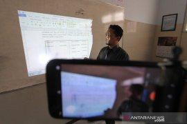 """Presiden Jokowi: Kuliah daring jadi """"next normal"""""""
