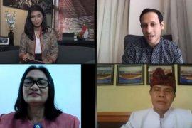 Mendikbud puji kepala sekolah inspiratif di Maluku Tengah dan Bali