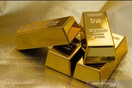 Emas jatuh lagi, terseret penguatan dolar dan harapan ekonomi bangkit