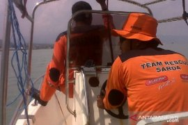 Sholeh, wisatawan asal Klaten hilang tenggelam di Pantai Karangpapak Sukabumi