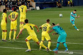 Lumat Villarreal, Barcelona kembali pangkas jarak dari Real Madrid