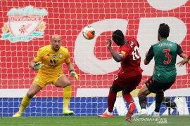 Liverpool dekati rekor laga kandang setelah kalahkan Aston Villa 2-0