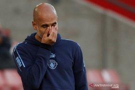 Pep bilang sulit kalahkan tim yang 10 pemainnya sepanjang laga huni kotak penalti