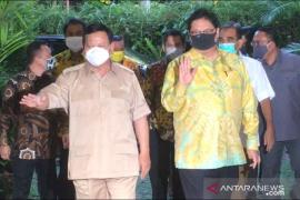 Ketum Golkar Airlangga sambangi kediaman Prabowo Subianto