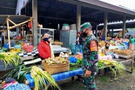 Jelang normal baru, Personel TNI disiplinkan pasar-tempat wisata