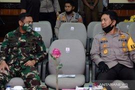 Pererat kemitraan, Kapolda Kalsel hadiri rapat paripurna DPRD