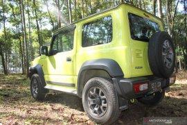 Suzuki Jimny, perpaduan sejarah dan fesyen otomotif