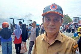BPBD Aceh Barat kerahkan enam unit armada damkar padamkan api
