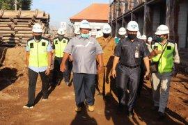 Bupati Buleleng mau proyek Pasar Banyuasri selesai Desember 2020