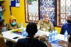 Wali Kota Pangkalpinang silaturahmi dengan PWI Babel