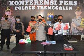 Residivis narkoba ditangkap polisi saat jual sabu di Trenggalek