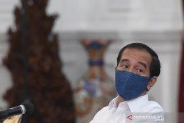 Presiden Jokowi ingatkan perwira remaja TNI/Polri jangan bekerja biasa saja