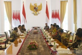 Jokowi bersama pimpinan MPR bahas RUU HIP di Istana Bogor