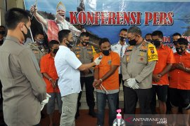 Sempat ricuh, Kapolda nyatakan Kades Mompang Julu Madina bagikan BLT sesuai prosedur