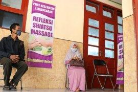 Dinsos Kota Kediri fasilitasi tunanetra buka praktik pijat Shiatsu