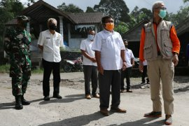 Kesiapan evakuasi pengungsi erupsi Merapi  disimulasikan